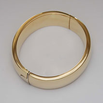 14K Yellow Gold Classic Plain Bangle, 18.0mm