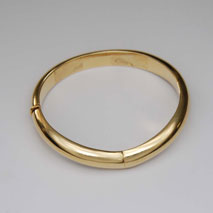 14k Yellow Gold Cleavage Bangle