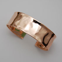 14K Rose Gold Wave Hammered Cuff Bangle 19.0mm, Shiny