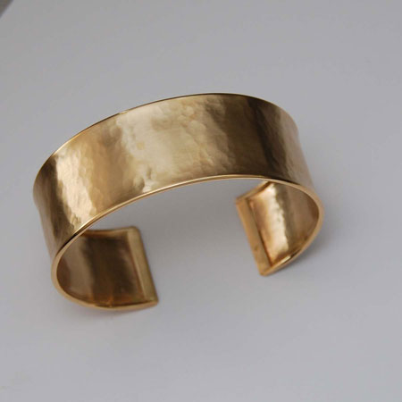 7-Inch 14K Yellow Gold Hammered Cuff, 22.0mm, Satin
