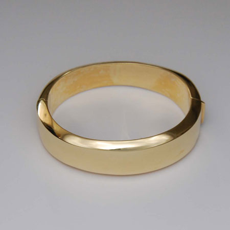 7-Inch 14K Yellow Gold Hinged Bangle, 60.0mm
