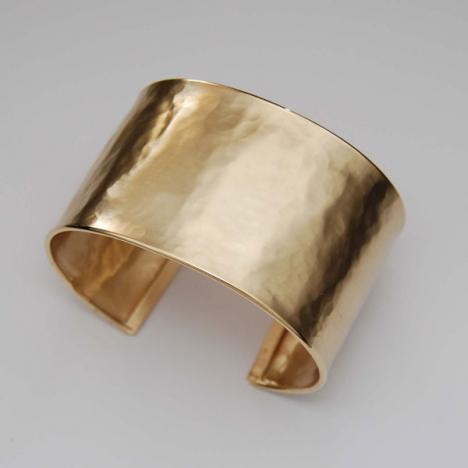 7-Inch 18K Yellow Gold Hammered Hinged Bangle, Satin