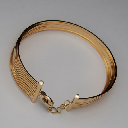7 Inch 18k Yellow Gold Wire Bangle Bracelet 14 Row With Clasp