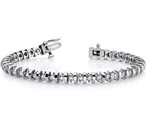 Shiny Curve-Link Diamond Bracelet