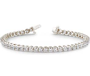 Classic Four Prong Diamond Bracelet