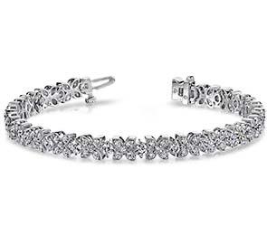 Flower Link Diamond Bracelet
