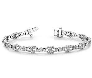 Three Across Crown Link Diamond Bracelet