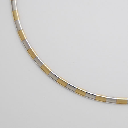 16-Inch 14K Yellow Gold / White Gold Domed Omega 4.0mm Chain