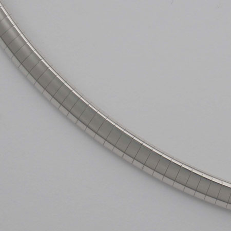 16-Inch 18K White Gold Domed Omega, 5.0mm Chain