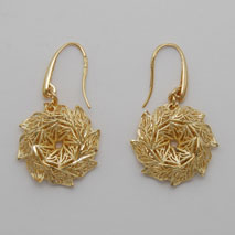 14K Yellow Gold Flower Wreath Earrings