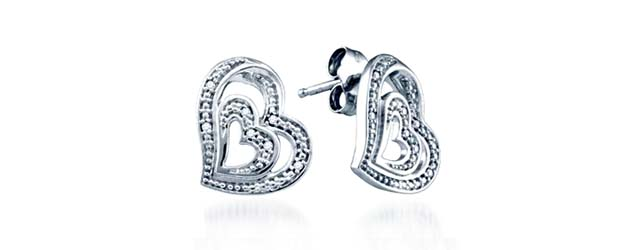 Ladies Diamond Heart Earrings .04 Carat Total Weight 0.04 Carat Total Weight