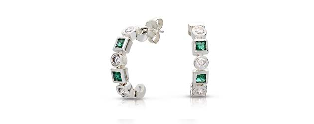 Designer Emerald and Diamond Earrings 0.96 Carat Total Weight