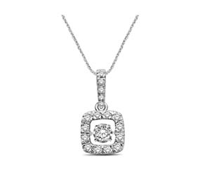 Moving Diamond Fashion Pendant
