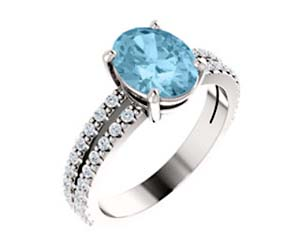 Oval Cut Aquamarine Diamond Ring