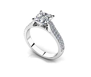 Splendid Romance Princess Cut Diamond Engagement Ring