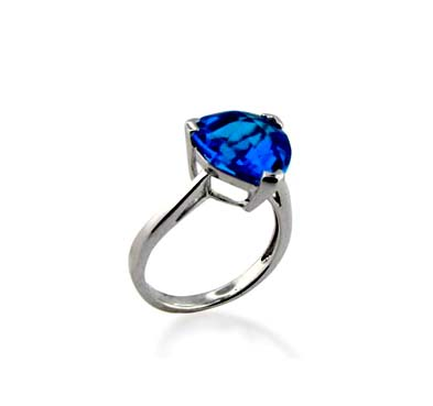 Sterling SIlver Blue Topaz 5.3 Carat Total Weight